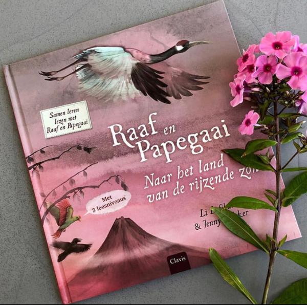 Raaf en Papegaai - naar het land van de rijzende zon